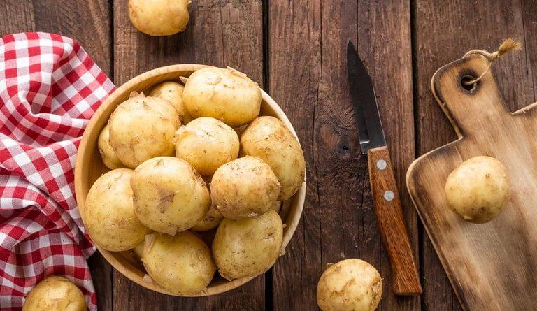 Картофель. Витаминный состав, польза и вред.  Лучшая маска для кожи из картошки.