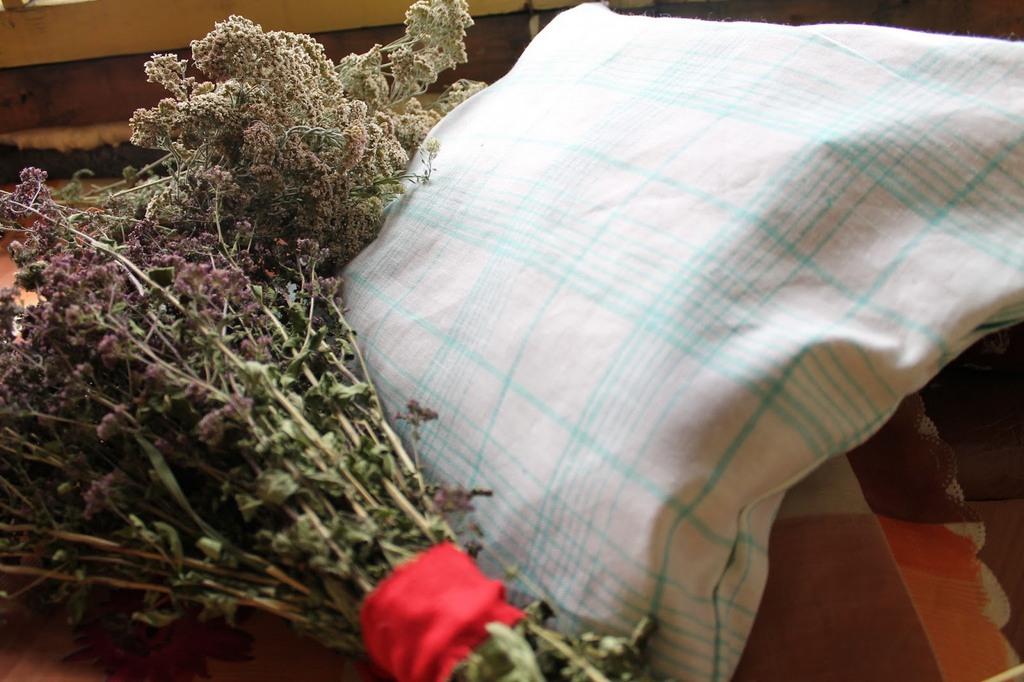 подушка из полыни